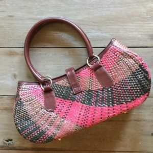 Handbags - Quality Constructed Straw and Leather Handbag